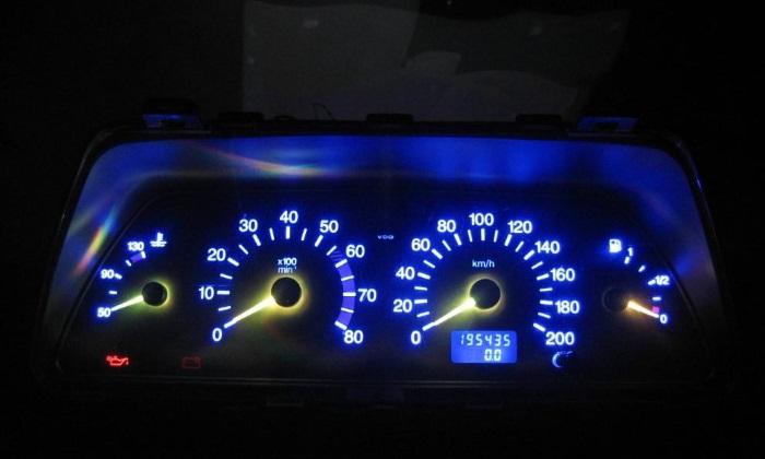 Панель ВАЗ 2110 с подсветкой